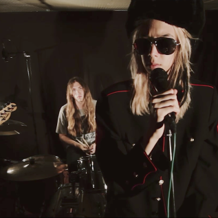 Starcrawler perform 'Used To Know' + 'Ants' from new Rough Trade Session