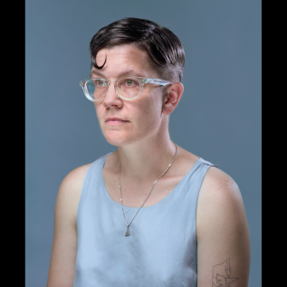Watch: Evelyn Ida Morris – 'Darwin Heat'