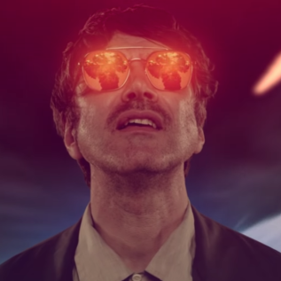 Watch: Gruff Rhys – 'Selfies In The Sunset (with Lily Cole)'
