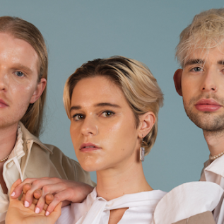 Huntly announce debut album – Low Grade Buzz + share title track