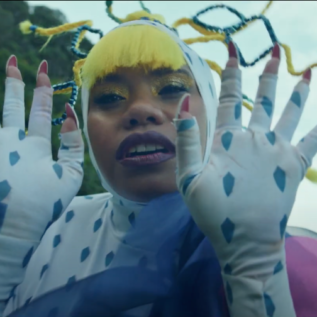 Ngaiire releases new video for 'Closer'