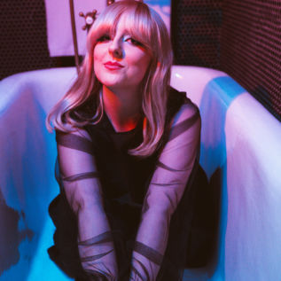 Molly Burch releases new single 'Heart Of Gold'